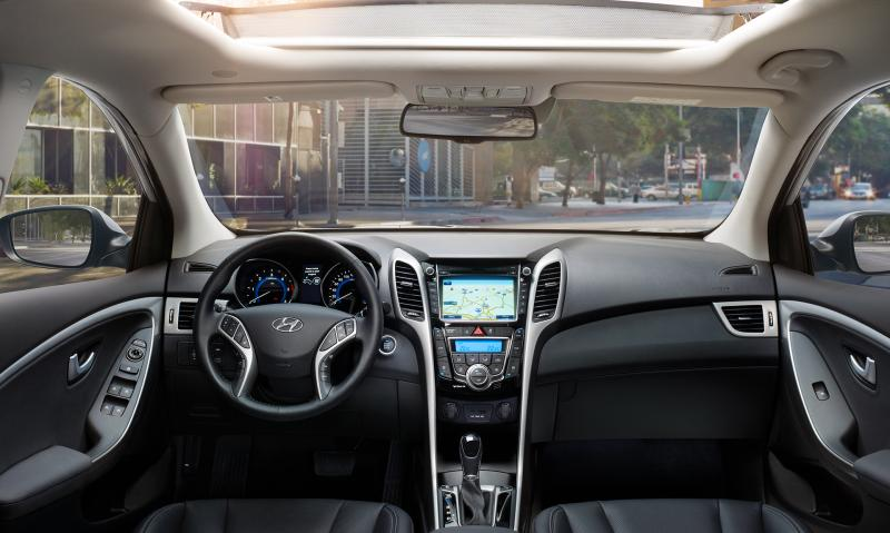 Hyundai i30 dans votre garage thaon 83 vente voiture for Garage hyundai paris 18