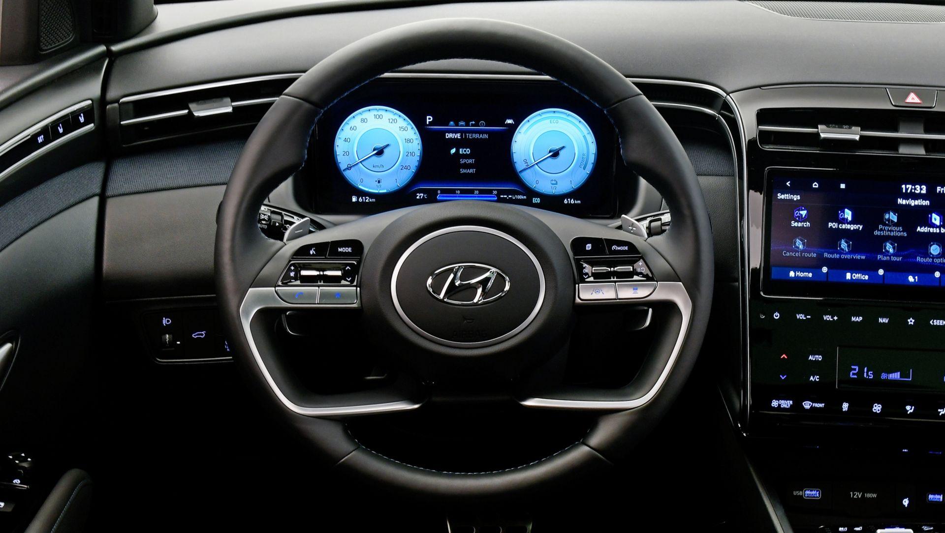 Volant et tableau de bord du nouveau Hyundai Tucson - Garage Thaon Brignoles (83)